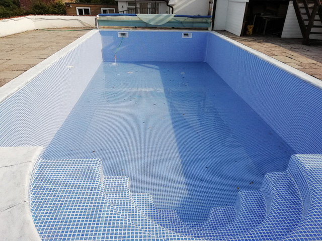 swimming-pool-installers